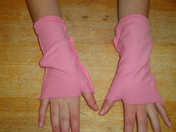 zoe's creations. pink arm mittens