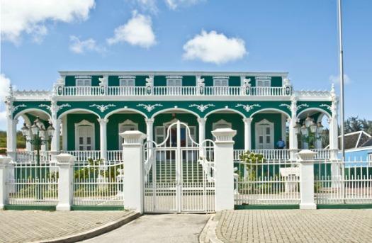 sklaroo archives Curacao
